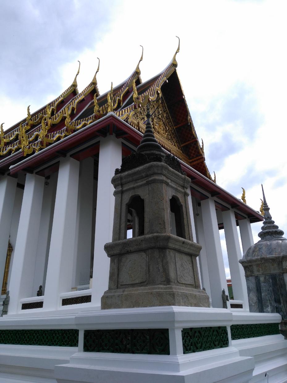 que ver en bangkok Wat Suthata