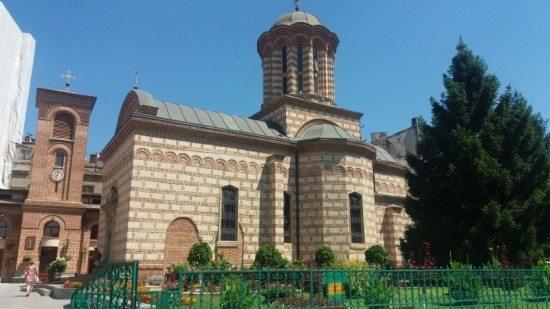 Viajar a Rumanía Iglesia en Bucarest