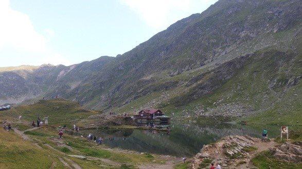 Viajar a Rumanía Lago Balea