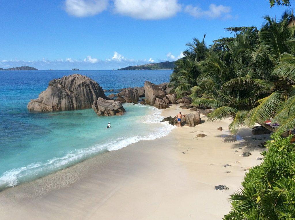 las playas mas bonitas del mundo la digue seychelles