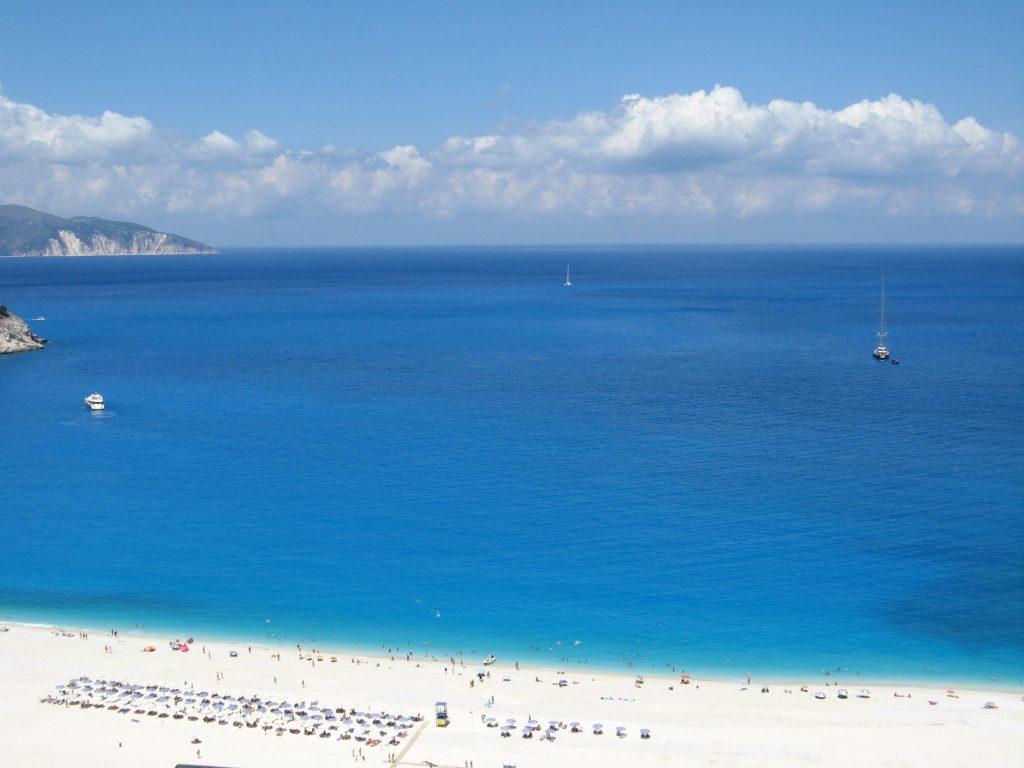 las playas mas bonitas del mundo myrtos grecia