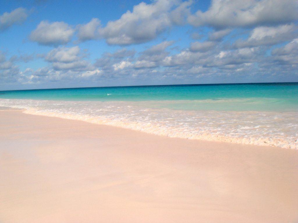 las playas mas bonitas del mundo pink sand bahamas
