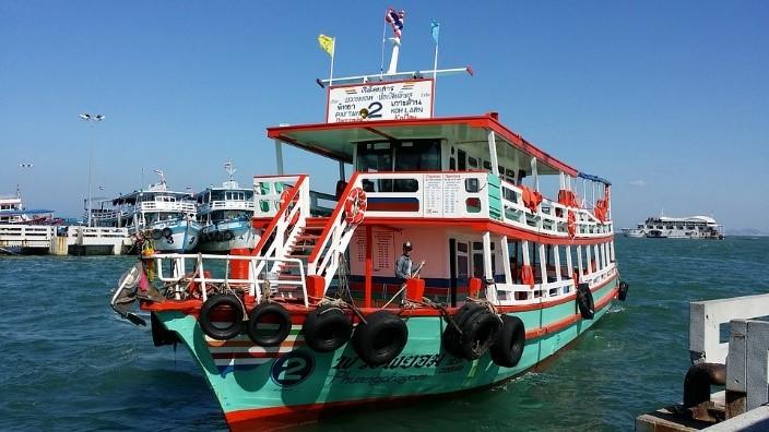 las playas de bangkok koh larn ferry